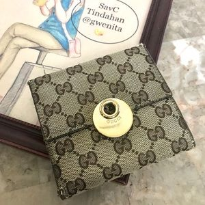 Authentic Used Gucci BiFold Wallet W Hook
